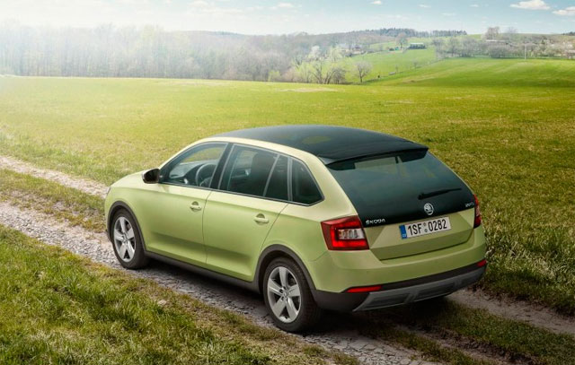 Skoda Rapid Spaceback, вид сзади